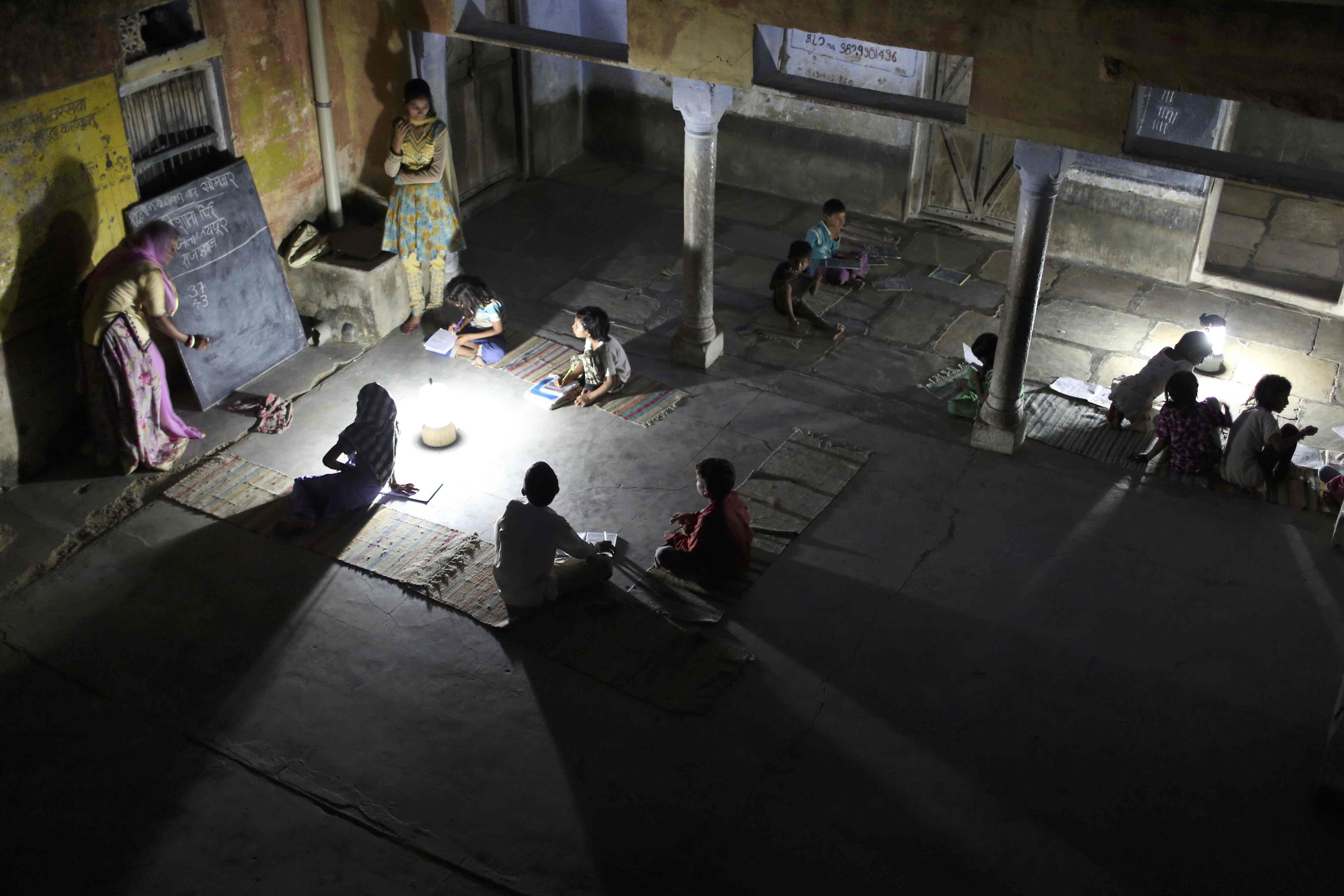 Nachtschule Indien