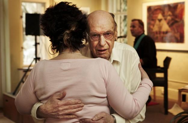 A tea dance for victims of Alzheimer's